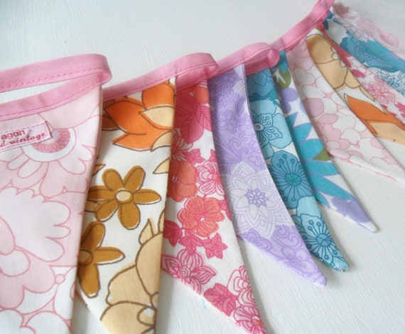 Vintage Bunting for Party - Wedding - Decoration Pretty Vintage Sheet Florals