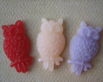 3PCS - Owl Cabochons - 25mm  Red, Frosty Peach and Pale Lilac - Matte Finish - Jewelry Findings by ZARDENIA