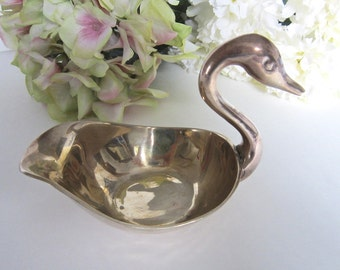 Vintage Brass Swan Dish, Trinket Dish, Candy Dish, Brass Collectible, Jewelry Holder, Brass Jewelry Dish, Swan Collectible, Vanity Dish