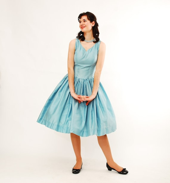 Clearance - sale - Vintage 1950s Party Dress - 50s Bridesmaid Dress - Sky Blue