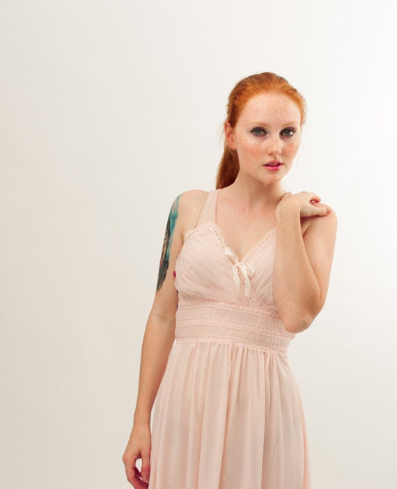 Vintage 1960s Nightgown - 60s Negligee - Perfect Pink