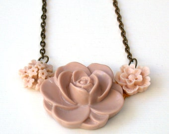 Taupe Vintage Style Necklace - Adorable Pudra Pink Color Autumn Necklace