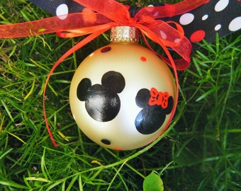 Mickey and Minnie Mouse Ornament - Couple's Gift, Personalized Disney Ornament - Wedding or Engagement Bauble, Hand painted Disney Wedding