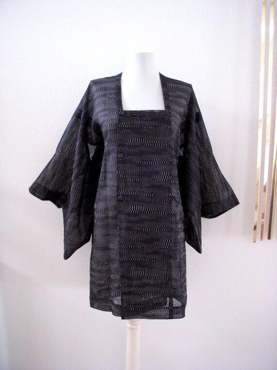 Stunning Vintage 80s Black Kimono Jacket Black Woven Layering Lagenlook Tunic Jacket Size Large to X Large Plus Size Vintage