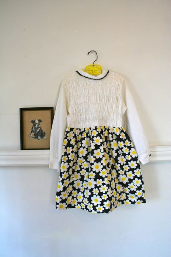 vintage girls dress - DAISY POWER polly flinders smocked dress / sz 8
