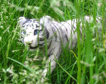 Needle felted tiger, made to order, choose white or orange