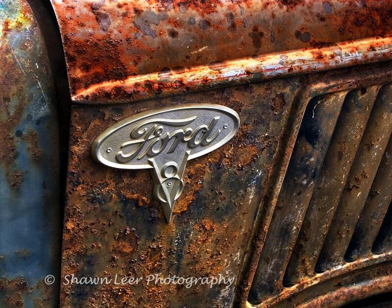 Ford Truck V8 Emblem 1932 Panel Truck