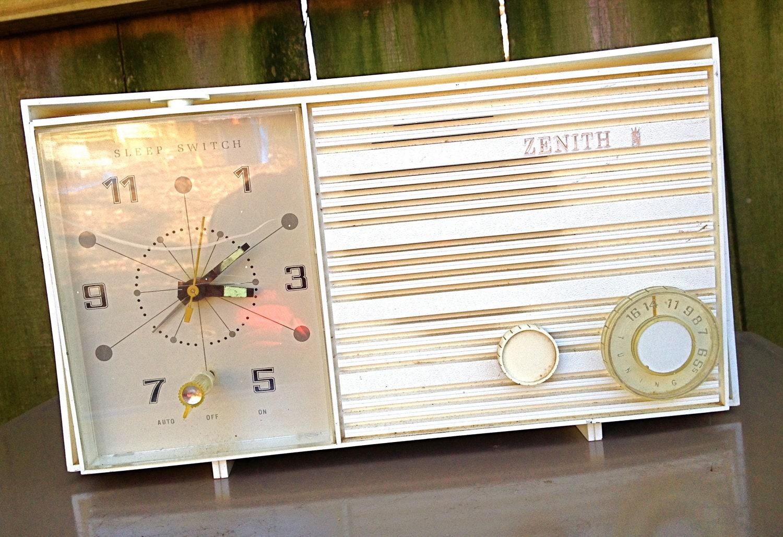 ZENITH DELUXE CLOCK RADIO - YouTube |Zenith Clock Radio