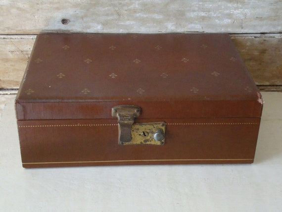 Vintage Brown an Green Jewelry Box From 50s or 60s