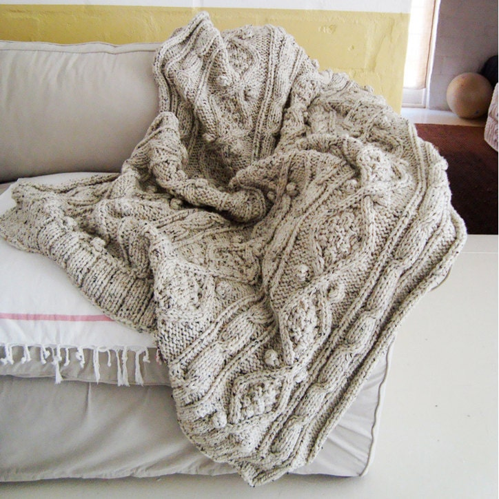 Knitting Pattern Blanket Throw : KNITTING PATTERN for chunky cable knit throw