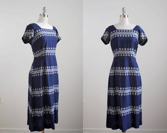 1960's navy wiggle dress. 60's blue dress. large l. embroidered. white striped dress 60 50. vintage.
