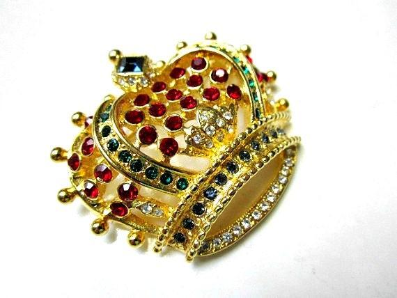 Vintage KJL Kenneth J Lane Multicolor Rhinestone Goldtone Crown Pin Brooch