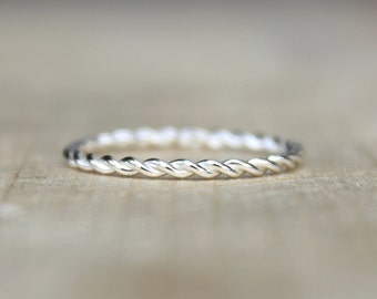 Single Twist Ring -Sterling Silver Stackable Ring