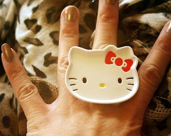 Kitty die cut face tray ring
