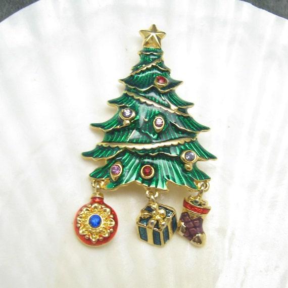 Vintage Christmas Tree Brooch Charms P4690