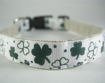Luck of the Irish Shamrocks hemp dog collar - 3/4in