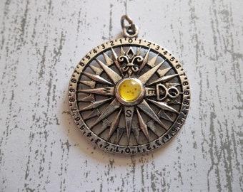 Antiqued Silver Compass Rose - Yellow Cabochon Center - Fleur de Lis Accent - Qty 1