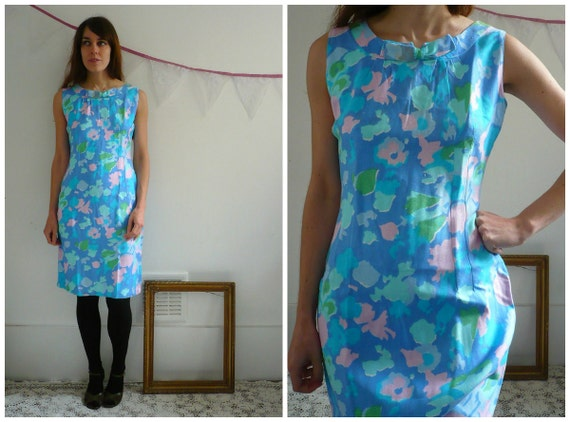 1960's Abstract Print Wiggle Dress Size Small