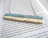 Distressed Wood Necklace in Seafoam Green and Cream