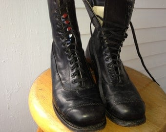 vtg 1910 black leather, Old Timey booties, 13 eylete,  womens size 8, 1 and a half inch heel. great condition.