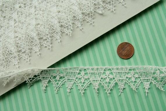 vintage 1960s cotton rayon schiffli lace trim 5yard piece