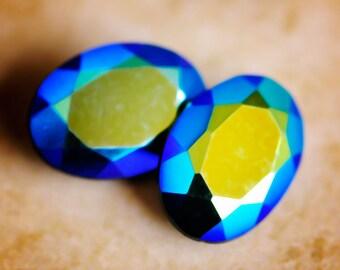 18x13mm Vintage Jet Black Titania Mirrored Oval Glass Gems Jewels Stones from Czechoslovakia, unfoiled, Quantity 2