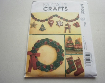 Pattern Country Christmas Home Decor Yo-Yo  Ornaments OOP-McCalls Crafts 6002