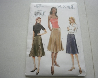 Pattern Ladies Skirts 3 Styles Sizes 14-16-18 Vogue 7723