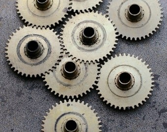 Vintage selection of clock gears -- brass -- set of 8 -- D16