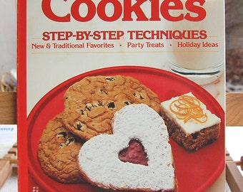 Vintage Cookie Cookbook Sunset Cookies 7th Printing circa 1989 Classic Cookie Favorites  CB223