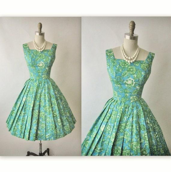 50's Floral Dress // 1950's Vintage Floral Print Cotton Full Garden Party Mad Men Dress XS