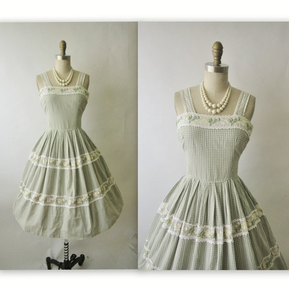50's Summer Dress // Vintage 1950's Floral Embroidered Gingham Cotton Garden Party Summer Dress M