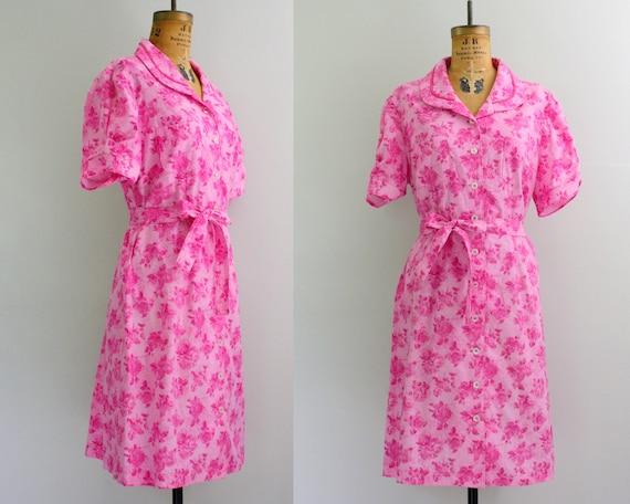 1960s house dress / 60s day dress / pink rose print dress large
