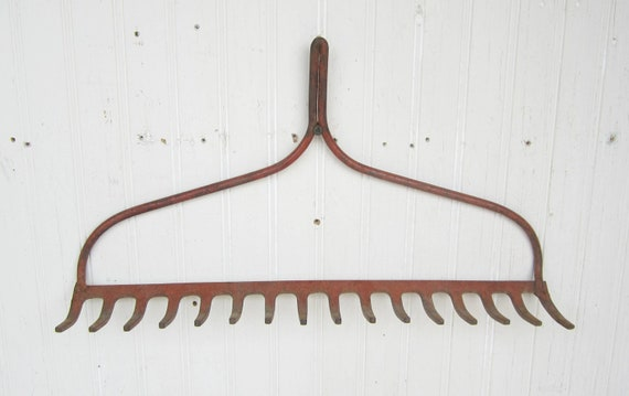 Rake Head Rusty Red Farmhouse Chic Repurposed For Display Or Tool And Jewelry Organizer