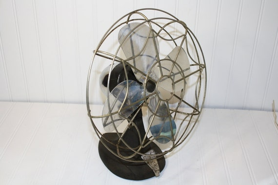 Vintage Eskimo 1500M fan