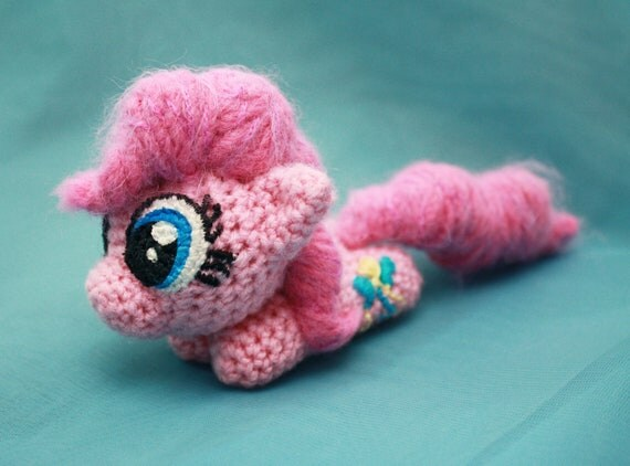 Amigurumi Mini Pony : MLP Pinkie Pie Chibi Plushie by SoapyBacon on Etsy