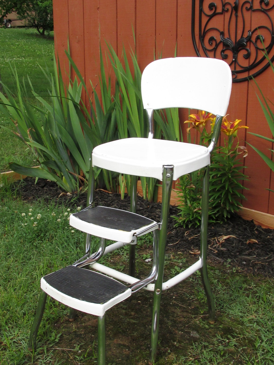 Reserved For June Vintage Stylaire White Metal Chair With