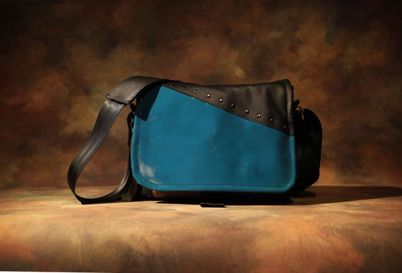 Leather Camera Bag  -  London Line -  Medium DSLR - IN STOCK Teal Patent Leather