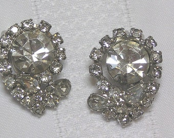 Vintage rhinestone tear drop faceted round Rhinestone Curled Clip Earrings