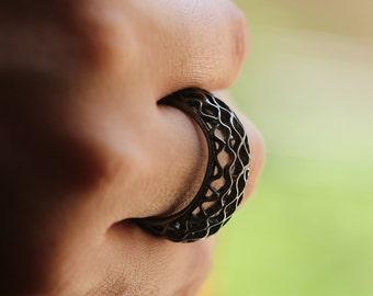 Black silver ring , honey bee ring, organic jewelry, urban ring,black silver,black art,