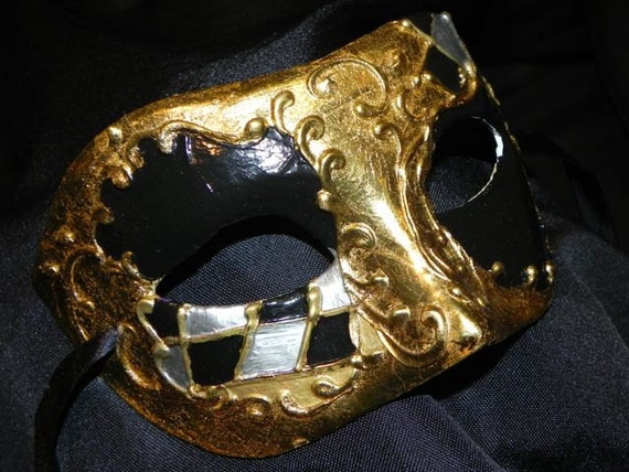 Black, Gold and Silver Harlequin Accent Mask