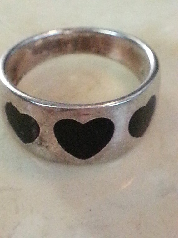 Vintage Hand Made Black Onyx 3 Hearts Sterling Silver Ring Ladies 1980s 925 Accessory Gift