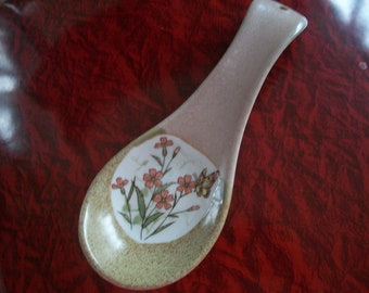 Vintage Hippie Styled ceramic spoon rest
