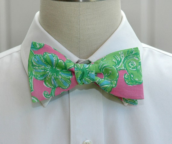 Lilly Bow Tie in pink and green Charge it (self-tie)