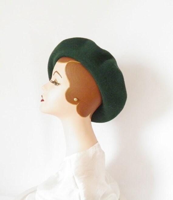 Vintage beret hat, NOS, Czech Republic