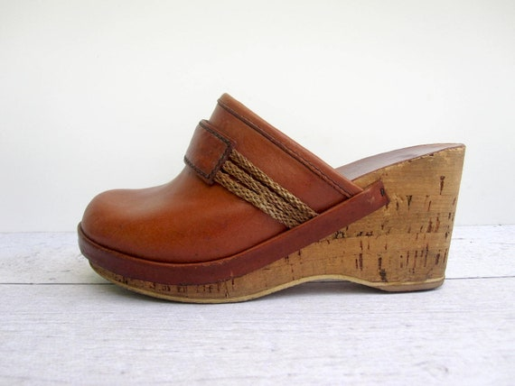 Leather Clogs 1960s Toffee Brown - Made in Italy Size 6 - 7 - Boho Bohemian Shoes
