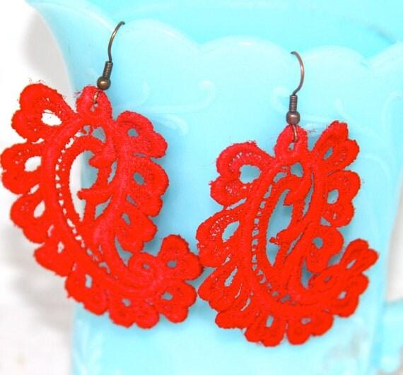 Bright Red Lace Paisley Drop Dangle Earrings - Bridal Earrings, Wedding, Bridesmaid Earrings, Christmas, Holiday, Vintage