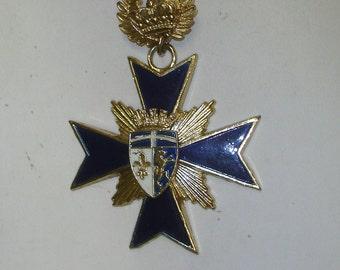 Vintage Large Goldtone & Blue Enameled Maltese Heraldic Cross Combination Pin Brooch Pendant