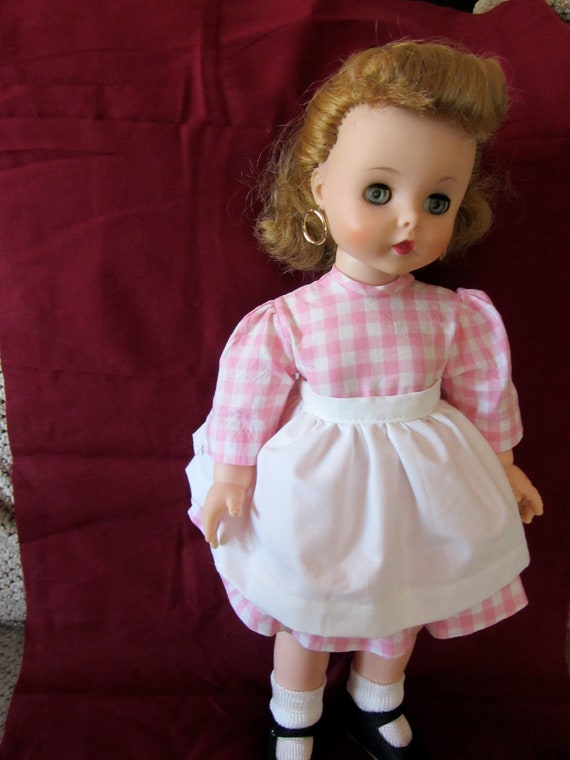"""Madame Alexander 1958 Edith the Lonely Doll 16"""" - displays beautifully"""