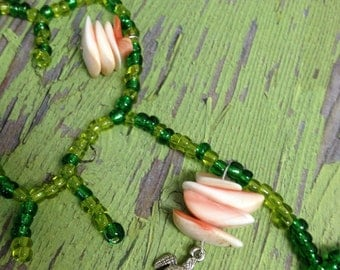 Scultured Seaweed and Seaturtle Necklace